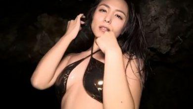 Photo of 川村ゆきえ メタリックビキニで魅了するエロエロお姉さん